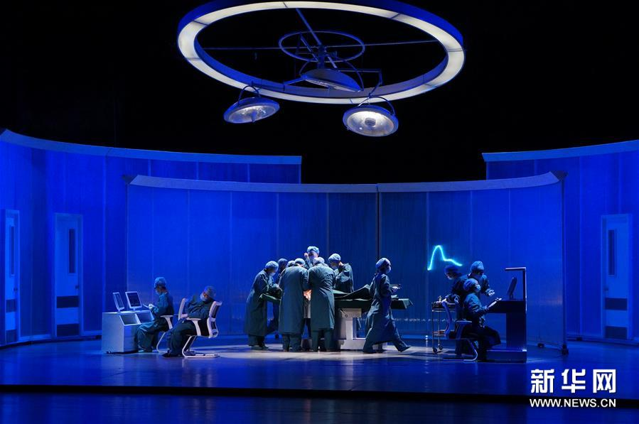 (文化)(2)首屆哈爾濱之春國際戲劇節開幕