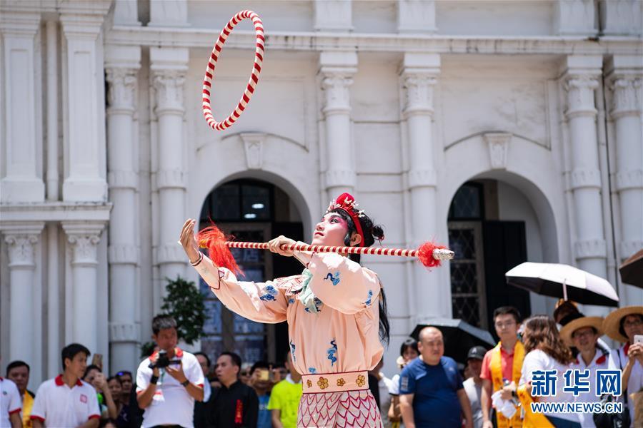 (XHDW)(1)澳門舉行哪吒太子聖尊巡遊活動