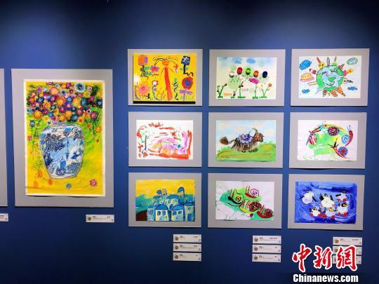 """國際兒童創意畫展""""與世界對畫""""在滬開幕"""