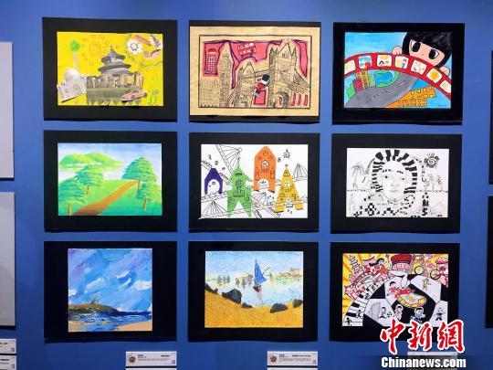 400幅作品中將選出100幅帶往西班牙馬德裡美術中心展出。 王子濤 攝