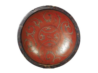 上海博物馆藏彩绘云凤纹漆圆盘.