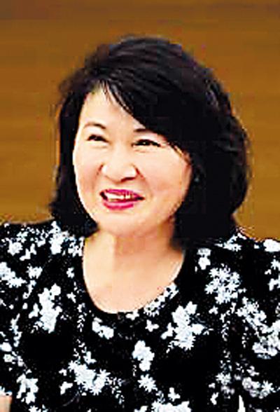 """正如她在《我的中国梦》中讲到, """"血缘和文化不是一种可以任你随意"""